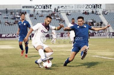Choco en una acción del partido (Foto: Real Jaén - Best Photo Soccer)