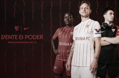 El Sevilla presenta sus nuevas equipaciones para la temporada 2021/2022