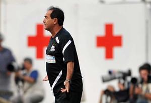 Muricy elogia Neymar e dedica vitória a Galhardo e ao presidente LAOR
