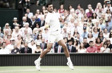 Djokovic triunfa en una batalla épica ante Nadal