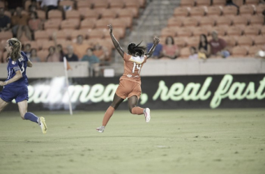 Nichelle Prince celebrates giving Houston the lead | Source: houstondashsoccer.com