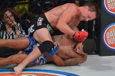 Joe Warren out grinds LC Davis for the decision victory at Bellator 143 / Bellator MMA
