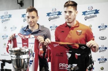 Los capitanes de ambos equipos en la conferencia de prensa organizada por la Superliga