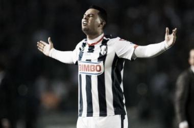 Edwin Cardona marcó 'hat-trick' para darle la victoria al Monterrey