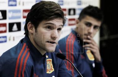 Marcos Alonso reflexivo tras la derrota ante Inglaterra | Fotografía: EFE