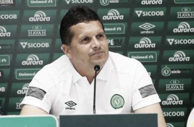 Técnico ficou feliz com resultado positivo de WP (Foto:Sirli Freitas / Chapecoense)