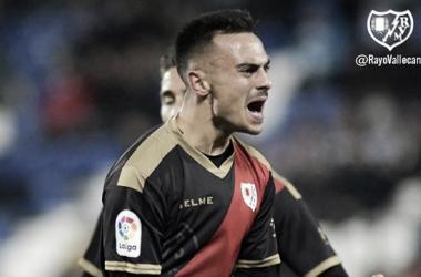 Álvaro García celebrando su gol ante el Leganés | fotografía: Rayo Vallecano S.A.D.