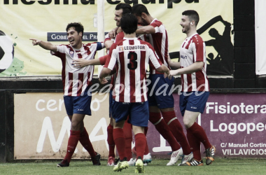 Los jugadores de L'Entregu celebran un tanto esta temporada. Foto: Diego Blanco VAVEL.