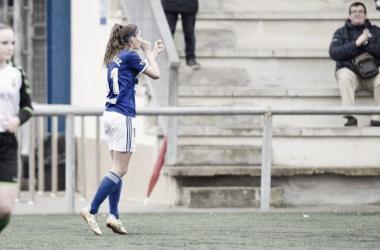 Carol González celebra su tanto en el partido de hoy. Foto: Real Oviedo Femenino
