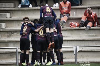 El FCB Juvenil A celebrando su gol ante el Gimnàstic Manresa. Foto: Noelia Déniz, VAVEL