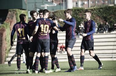 El FCB Juvenil A celebrando un gol ante el EM El Olivar. Foto: Noelia Déniz, VAVEL