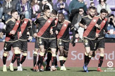 El equipo tras la celebración del gol de Medrán   Fotografía: LaLiga Santander