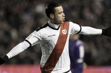 Raúl de Tomás tras anotar uno de los goles ante el Celta   Fotografía: Rayo Vallecano S.A.D.
