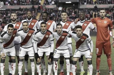 Santi en el once ante la Real Sociedad | Fotografía: Rayo Vallecano S.A.D.