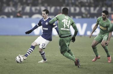 Time azul perdeu mais uma na Bundesliga (Foto: Divulgação/S04)
