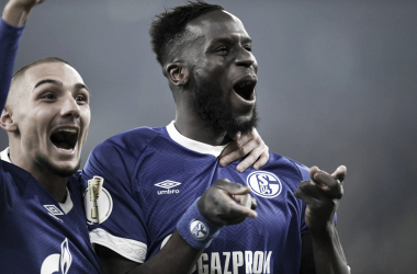 Schalke fez bonito e garantiu a classificação para as quartas (Foto: Divulgação / S04)