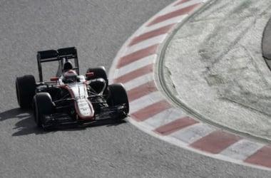 Fora do GP da Austrália, Alonso será substituído por dinamarquês Magnussen