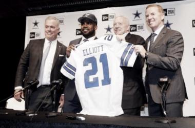 Ezekiel Elliott with the Cowboys Photo Credit: AP/ Tony Gutierrez