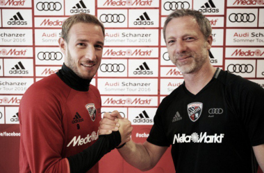 Moritz Hartmann delighted to sign extension. / Image via FC Ingolstadt.