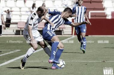 Zozulya disputando un partido con el Alba | Foto: J,Mondéjar para VAVEL