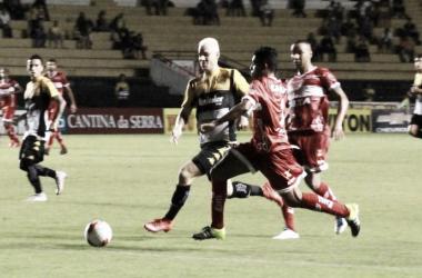 Com estreia de técnicos, CRB e Criciúma se enfrentam no Rei Pelé