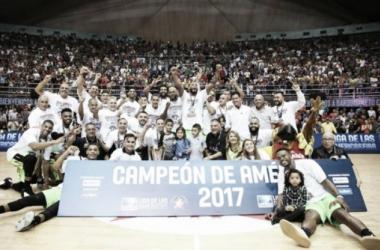 Con un segundo tiempo espectacular, Guaros se consagró bicampeón