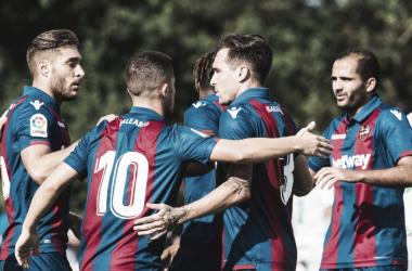 Celebración del gol del Rubén Rochina. Foto: Levante UD