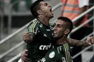Com golaço de Robinho e show de Rafael Marques, Palmeiras vence São Paulo na Allianz Parque
