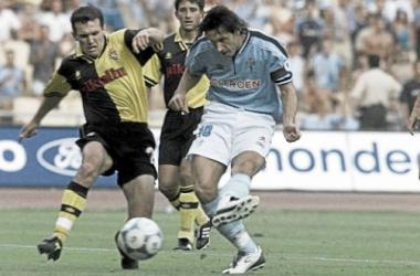 Mostovoi inauguró el marcador en la final de 2001; no fue suficiente. (Foto: Eugenio Álvarez).