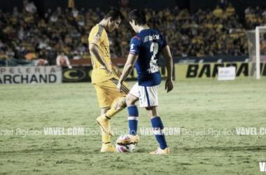 Fotos e imágenes del Tigres 1-0 Cruz Azul de la décimo tercera fecha la Liga Bancomer MX
