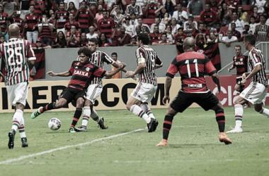 11 contra 11: Flamengo vence batalha contra Fluminense por vantagem mínima