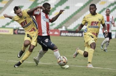 Yessy Mena espera sumar minutos y demostrar sus capacidades futbolísticas en Atlético Huila. Foto: VizzorImage/INTI