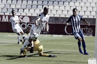 Zozulia jugando frente al Lorca | Foto: J.Mondéjar para VAVEL