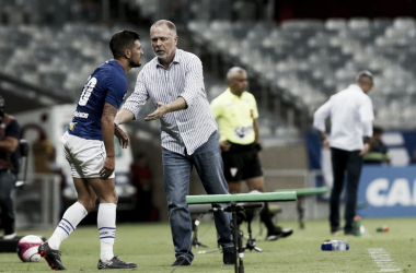 Após vitória sobre URT, Mano elogia atuação do Cruzeiro e aponta equilíbrio do grupo