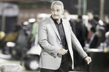 "Tite lamenta empate do Corinthians ante Coritiba: ""Sentimento de derrota"""
