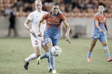 Former Dash player Stephanie Ochs joins the North Carolina Courage. | Source: Trask Smith