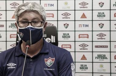 Odair Hellmann destaca merecimento em vitória, mas espera dificuldades para volta contra Atlético-GO