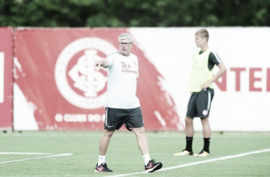 Apesar da derrota para o Caxias, Odair Hellmann vê evolução no Internacional