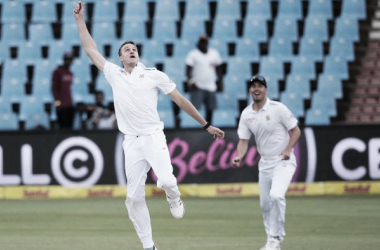 South Africa - England Day Four: Visitors on the ropes after tough penultimate day