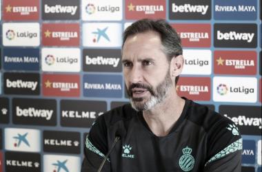 """Vicente Moreno: """"Espero un partido como todos los de la categoría: difícil"""""""