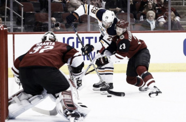 Arizona Coyotes defenseman Oliver Ekman-Larsson tries to contain the Oilers' Leon Draisaitl. (Photo: thehour.com)