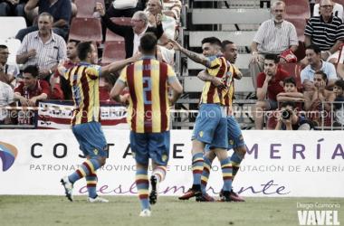Ojeando al rival: Levante UD, sólido líder de Segunda