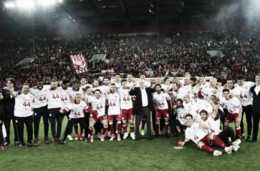 El Olympiacos festejando su Superliga número 44. | Foto: Olympiacos.
