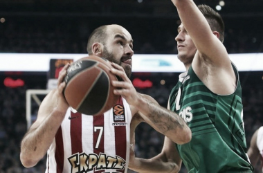 Turkish Airlines EuroLeague - Carattere Olympiacos, la serie è in parità (79-68)