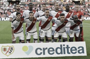 El oncee franjirrojo ante el Athletic de Bilbao. Fotografía: Rayo Vallecano S.A.D