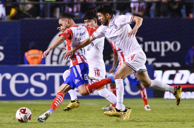 Chivas vuelve a regalar el partido, ahora empata ante San Luis