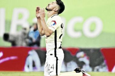 Oribe Peralta puede convertirse en campeón de goleo con América (Foto: La Prensa)