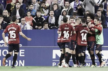 Osasuna celebra el gol del empate frente al Zaragoza. Foto: LaLiga 1|2|3