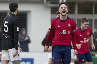 Miguel Diaz celebra su gol ante el Lealtad. | FOTO: C.A. Osasuna