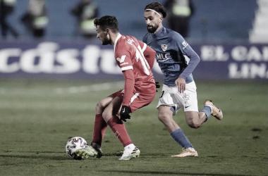 El Sevilla manda fuera al Linares Deportivo